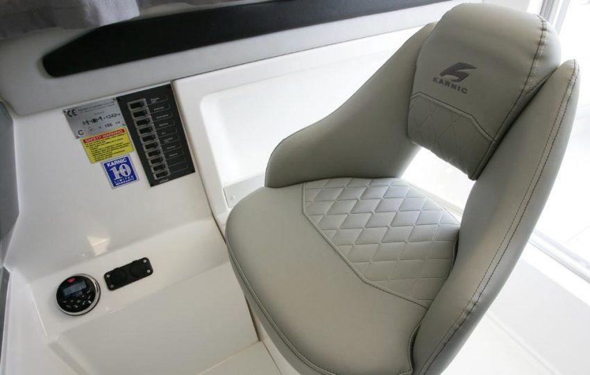Karnic 2455 Interior (7)