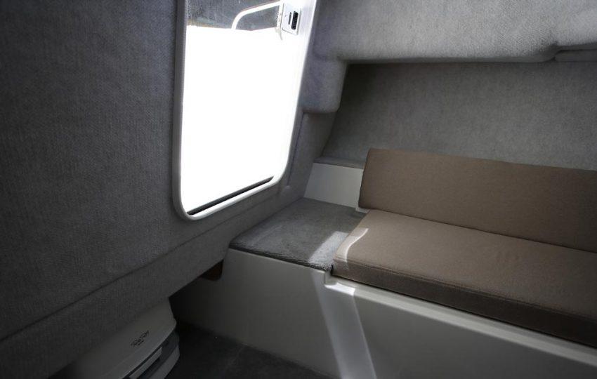 Karnic SL602 Interior_010 (4)